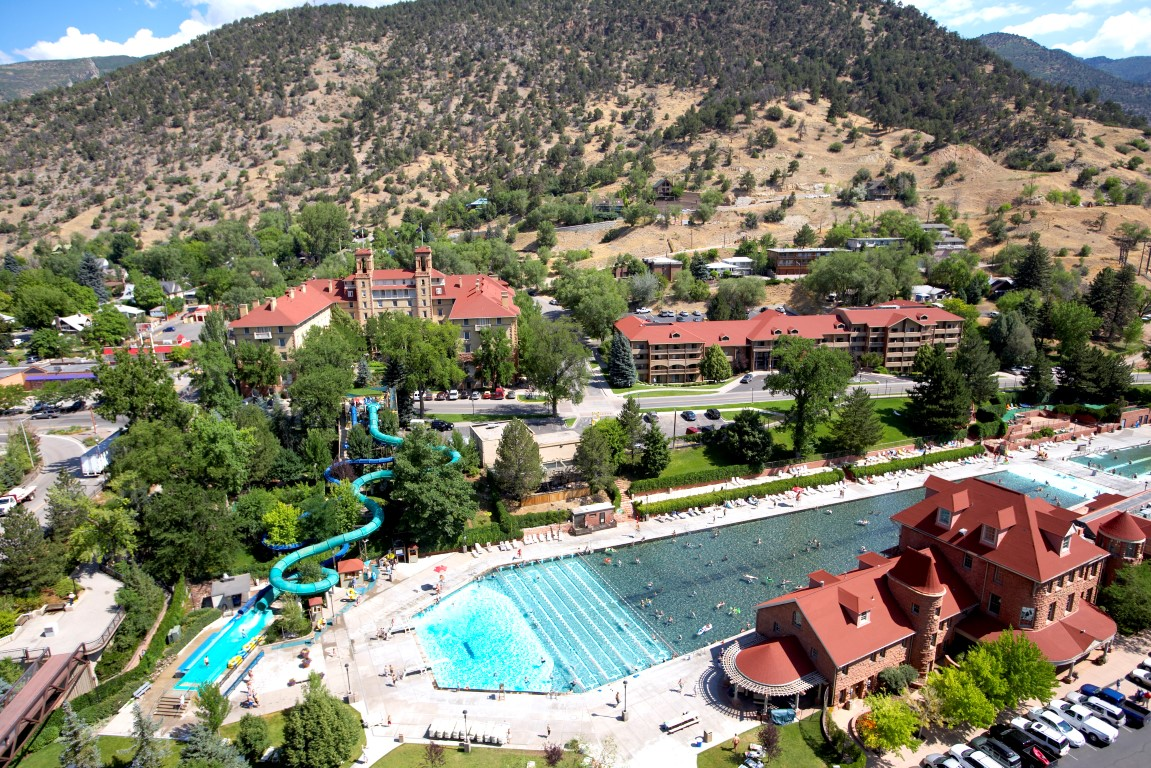 glenwood hot springs to purchase hotel colorado in early 2017